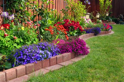Ideas For A Small Garden Small Garden Ideas On A Budget Write