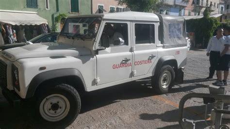 ufficio circondariale marittimo porto santo stefano soccorse 9 persone dalla guardia costiera isola