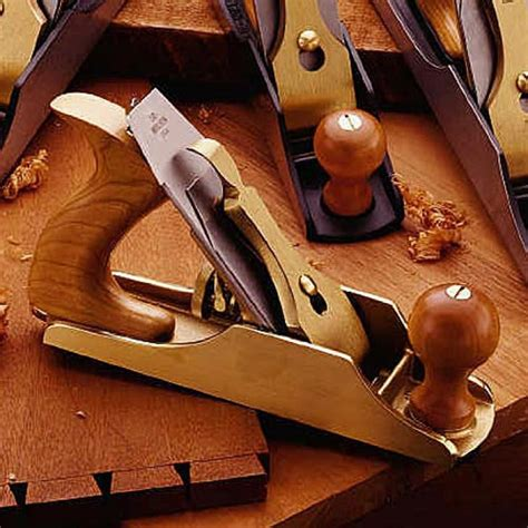 lie nielsen woodworking tools lie nielsen 4 bronze plane planes and bronze