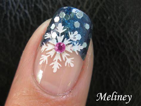 nail art winter tutorial winter nail art tutorial snowflake blue snow sprinkle