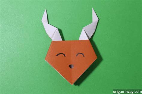Reindeer Origami - easy origami reindeer