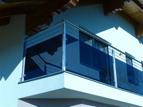 edelstahl balkongeländer mit glas balkongel 228 nder aus edelstahl f 252 llung aus glas grau mit