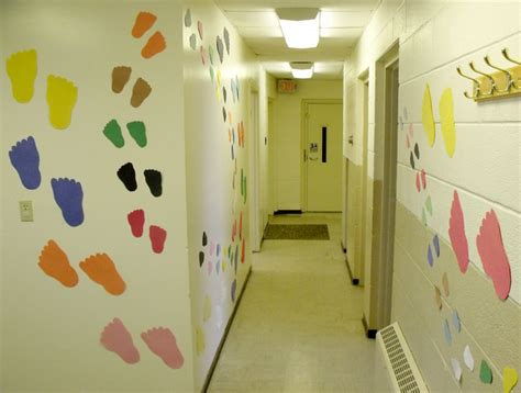themes for college hallways school hallway decorating ideas ballag 225 sra dekor 225 ci 243