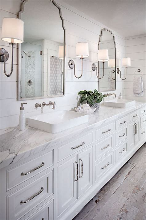white bathroom ideas pinterest 25 best ideas about white bathrooms on pinterest