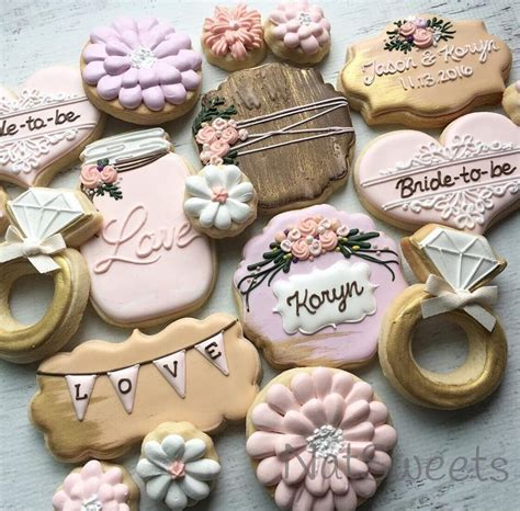 Wedding Cookie Ideas by 25 Best Ideas About Bridal Shower Cupcakes On