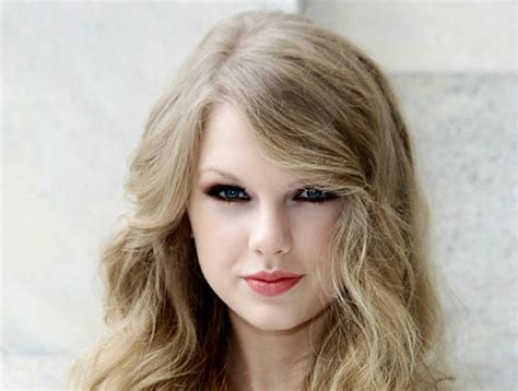 age of taylor swift taylor rises swiftly to the top with 11 billboard hits