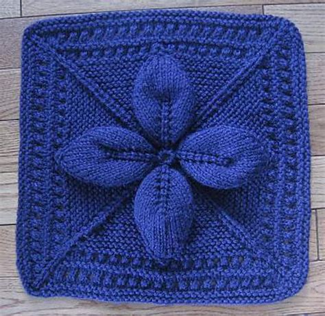 leaf pattern square ravelry lucky 4 leaf afghan 12 quot block pattern by margaret