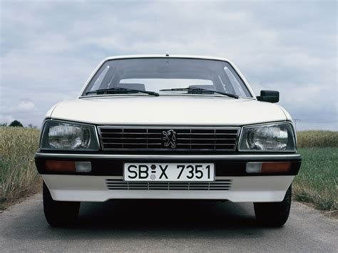 peugeot 505 coupe 1979 peugeot 505 review 1 driven to write