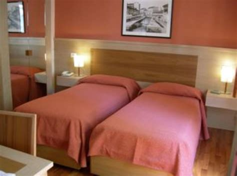 dover budget inn hotel dover in milan italy book budget hotels with