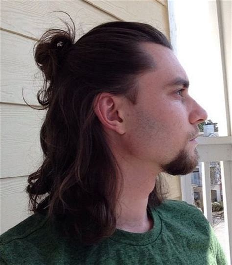 how much hair length in a man bun? a lot! man bun hairstyle