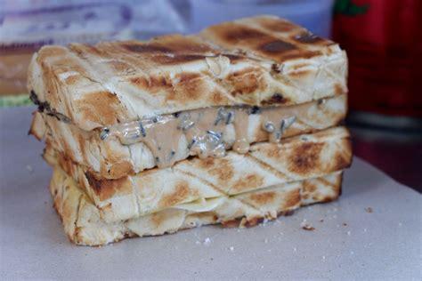Panggangan Roti Bakar Bandung roti bakar yang bikin nagih review chrisilya thoeng