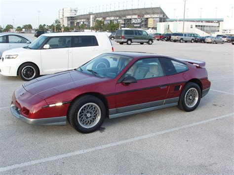 1987 pontiac fiero gt specs mikejhjr 1987 pontiac fiero specs photos modification