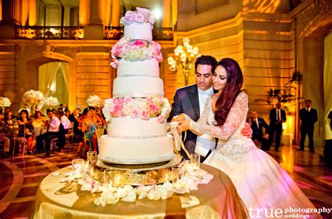 Wedding Cake Traditions wedding traditions explained cake cutting tradition