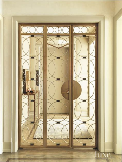 Foyer Closet Doors Best 25 Entry Foyer Ideas On Front Entrance Ways Floor Molding And Entryway Flooring