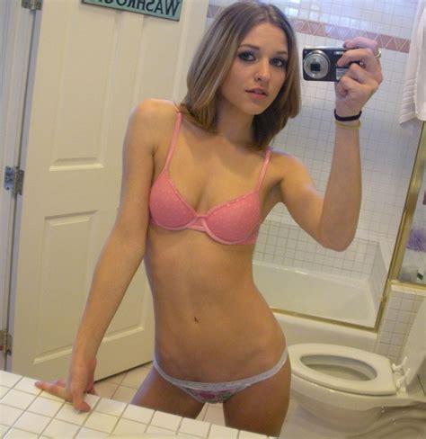 dirty girl dirty bathroom hot selfie in bathroom dirty small girls adult