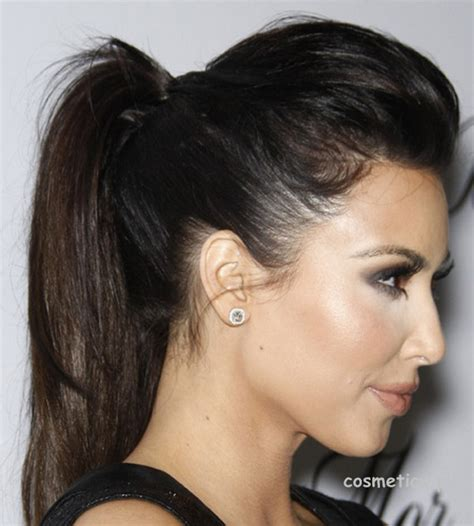 hairstyles that compliment a 7 best hairstyles for girls to try with saree