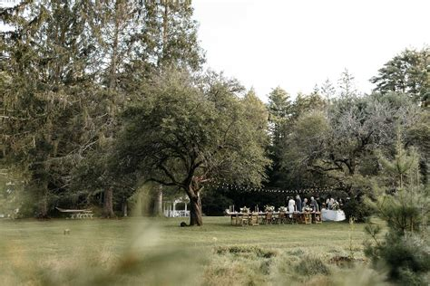 floating farmhouse floating farmhouse intimate wedding jean laurent gaudy