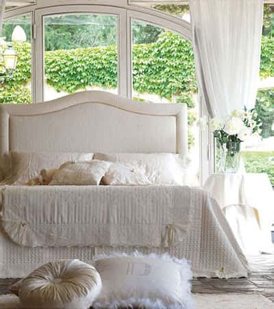 letti imbottiti classici danti divani