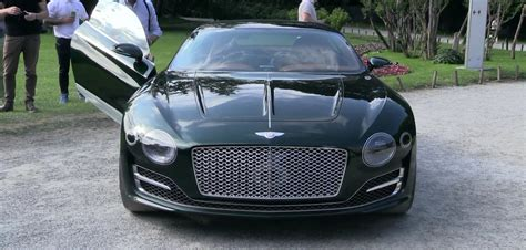 bentley exp 10 speed 6 in motion for the time