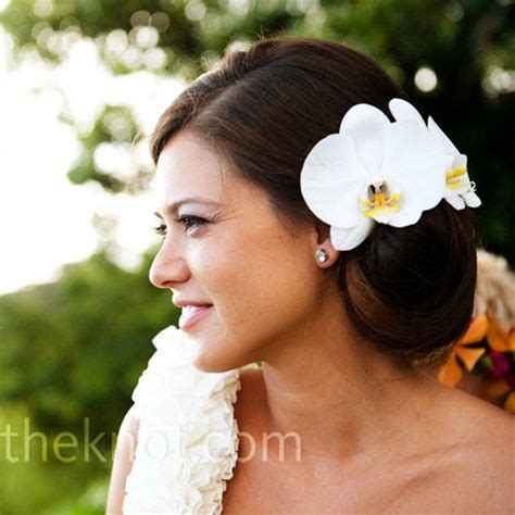 white wedding hairstyles wedding hairstyle ideas white orchid hairstyle