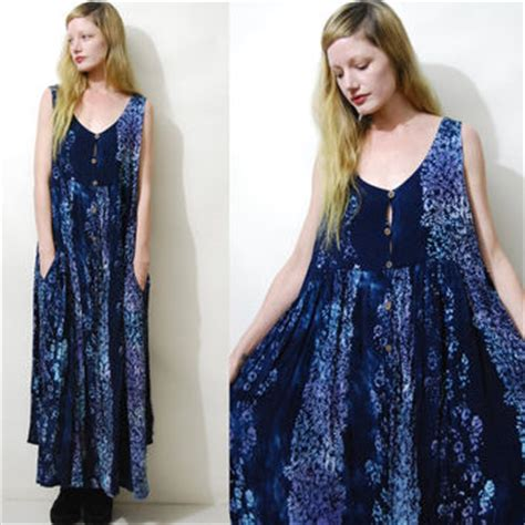 Bo Akasia Batik Dress 70s vintage robe dress leopard print from crux and shop