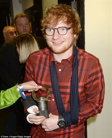 ed sheeran fracture ed sheeran vows to give up alcohol to help heal his wrist