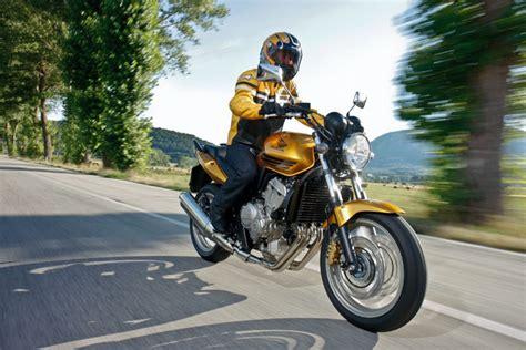 Motorrad Führerschein Zuschuss by Honda Fireblade Honda Nachrichten 1 000 Zuschuss