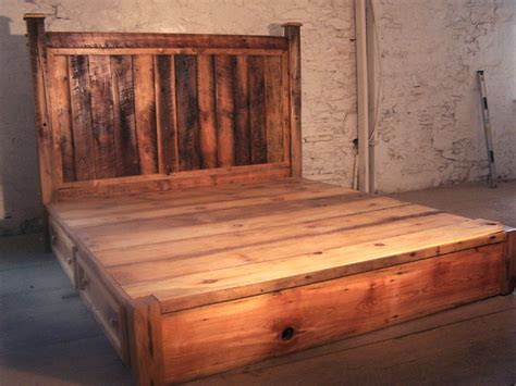 Rustic Platform Bed Reclaimed Rustic Pine Platform Bed With Headboard And 4