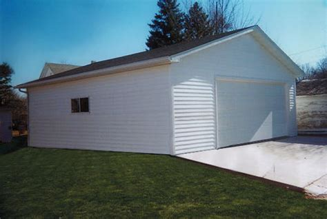 Garages At Menards by 24 X 32 X 9 2 Car Garage With 1 Eave Overhang At Menards 174