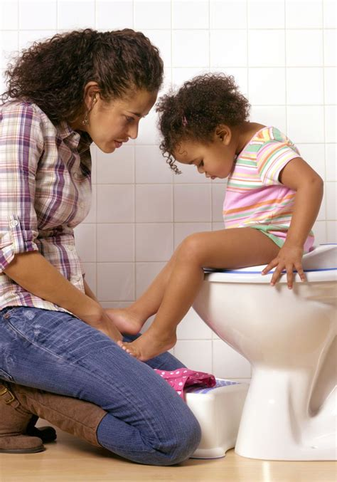 how should it take to potty a how should potty toddlers take