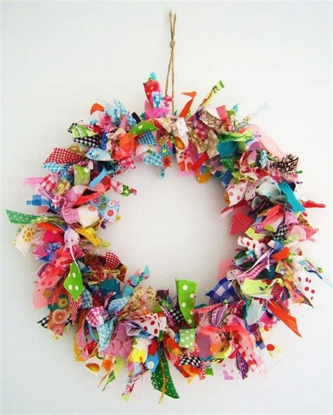 fabric crafts wreath scrap fabric wreath tutorial other great scrap ideas