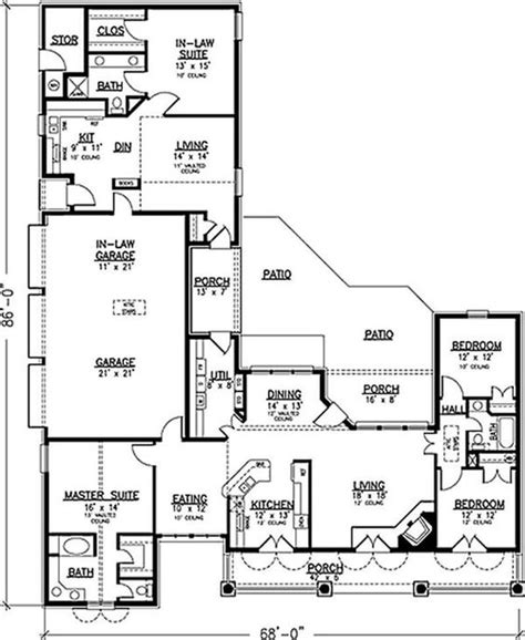 house plans with in law apartment house with 3 car garage and full in law apartment multi