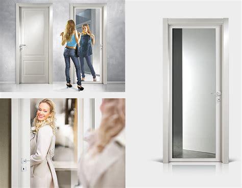 porta a specchio porte a specchio per interni porta stilizzata in legno