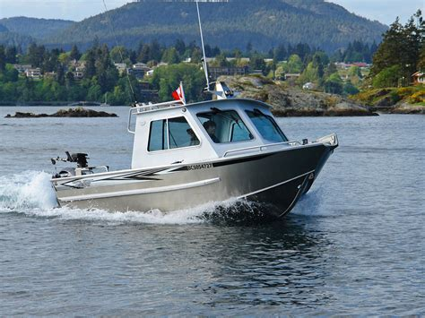 aluminum boats made in bc 21 renfew hard top aluminum boat hand crafted by silver