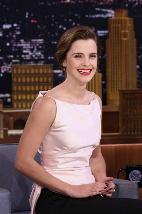 emma watson tv shows emma watson in oscar de la renta on quot the tonight show