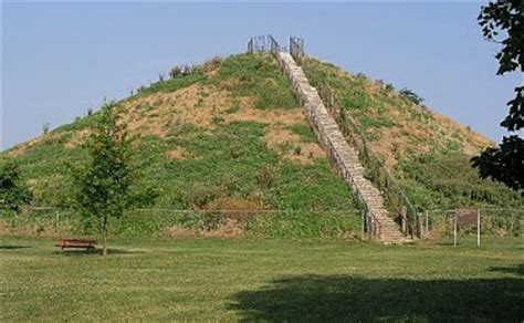 the masterpieces of the ohio mound builders the hilltop fortifications including fort ancient books gcp7x8 116 reasons traditional cache in ohio united