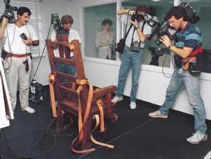esecuzioni sedia elettrica famiglia cristiana n 25 24 6 2001 se l america ci