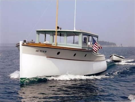 lobster boat cruiser 1000 ideas about power boats on pinterest power boats