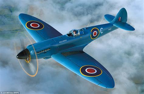 Rolls Royce Spitfire Photographer Dibbs Captures Pin Sharp Images Of The