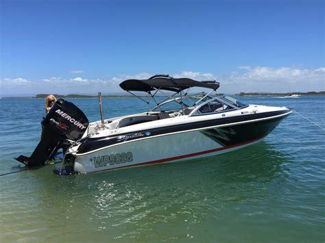 speed boat wraps recreational boat wraps ski boat wraps