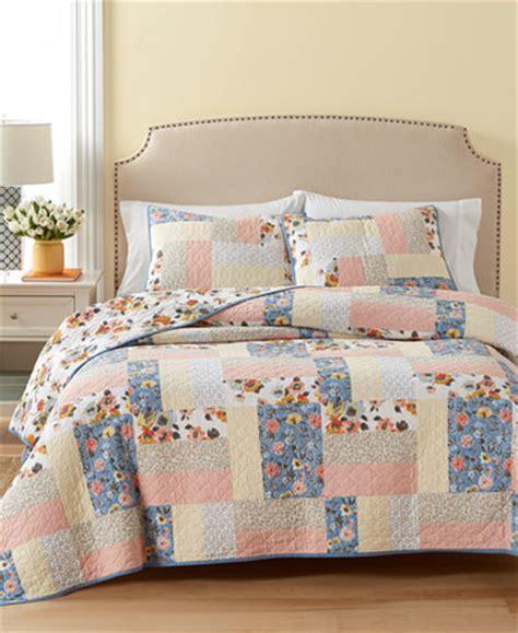macys bedding quilts martha stewart collection cotton fair breeze reversible