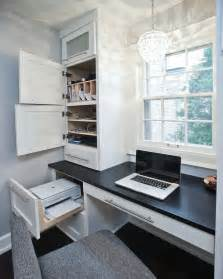 Built In Desk Ideas For Small Spaces Best 25 Built In Desk Ideas On