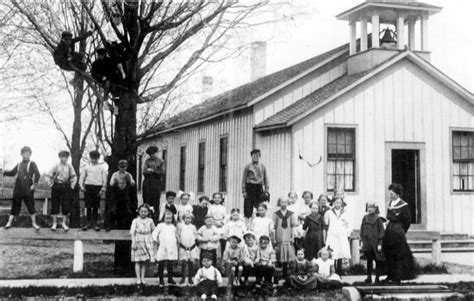 one room school house the multi age model of education new approaches to learning