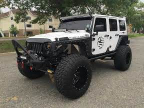 Road Jeep Road And Show Ready Jeep Wrangler The Motostew