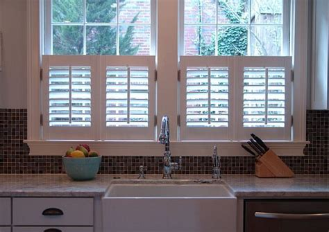 Cafe Shutters Interior by Best 25 Interior Window Shutters Ideas On Diy