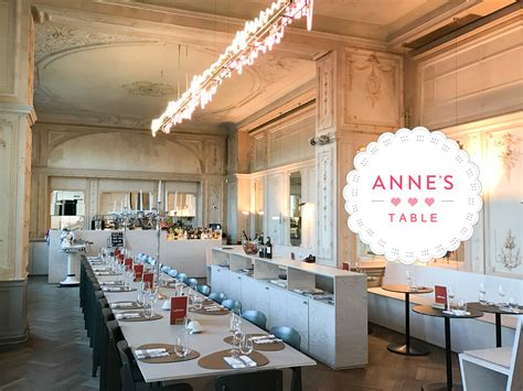 Annes Kitchen Table by Anne S Table At Ca F 233 Sino S Kitchen