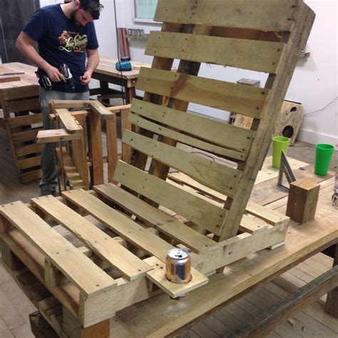 Pallet Patio Furniture by Pallet Patio Furniture Perennial