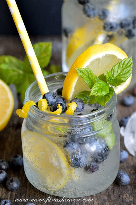 Detox Waters Ising Blueberries Strawberries And Lemon by 5 The Best Autumn Detox Waters