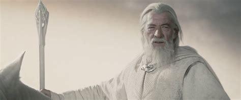 battle royale gandalf vs dumbledore