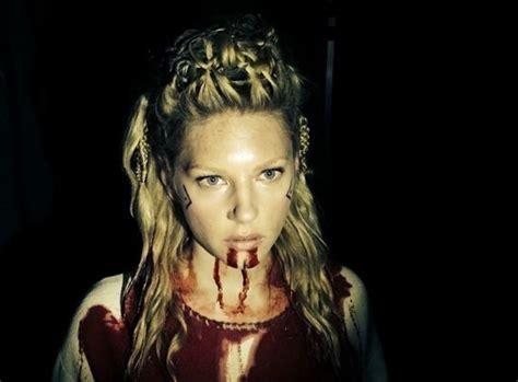 vikings season 3 spoilers plot news actress katheryn vikings season 3 king ragnar lothbrok leads his army to
